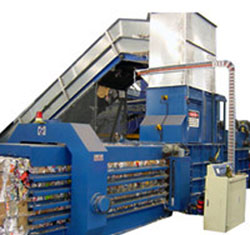 Techgene Machinery's recycling baler (horizontal baler) bale tightly